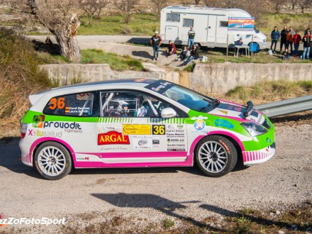 El Honda de Laura Bonillo en una carrera